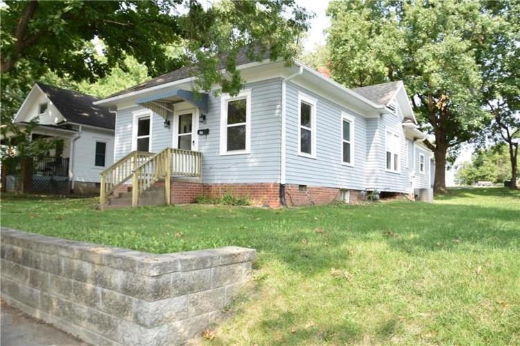 504 W 27th Street, Higginsville, MO 64037