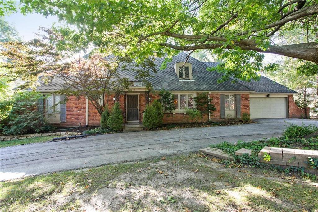 4609 W 82nd Street , Prairie Village, KS 66208