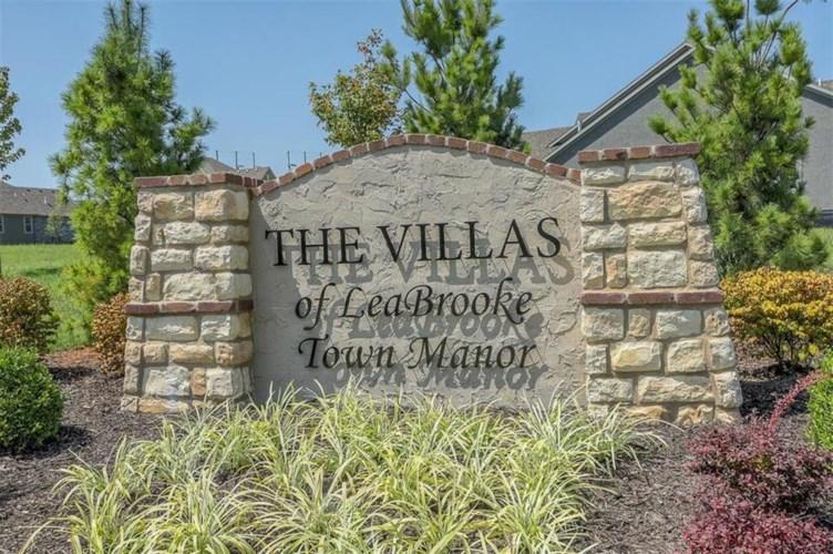 14601 Meadow Lane, Leawood, KS 66224