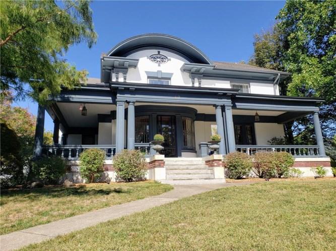 419 L Street, Atchison, KS 66002