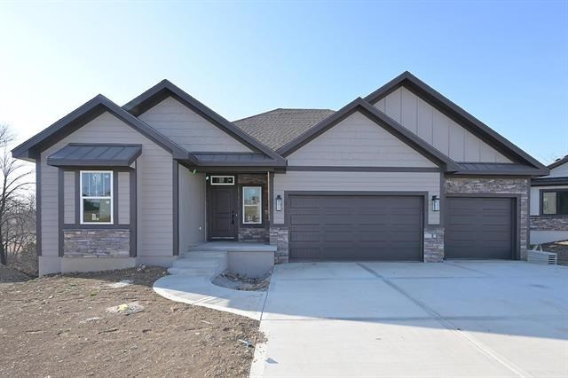 2400 Windmill Circle, Platte City, MO 64079