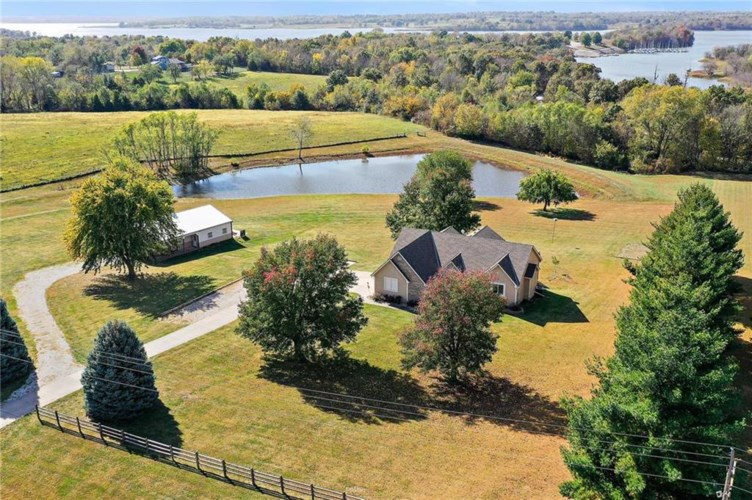 18700 County Road W N/A, Smithville, MO 64089