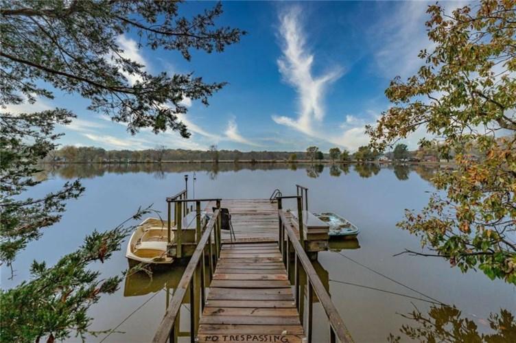25707 S Lake View Drive, Freeman, MO 64746