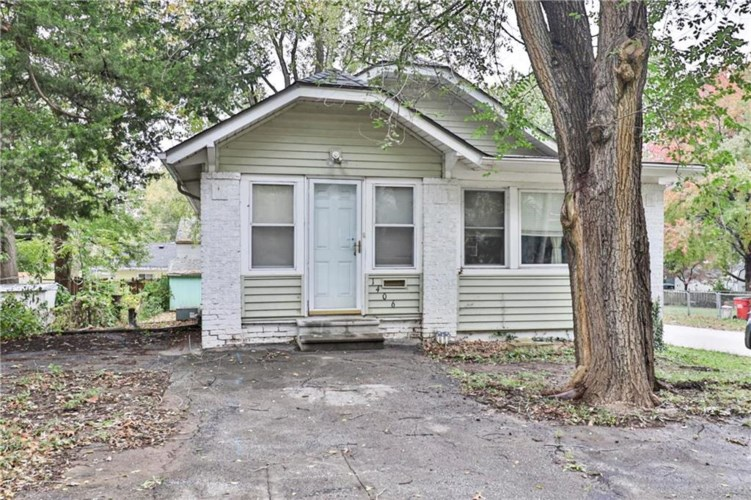 1406 S Hardy Avenue, Independence, MO 64052