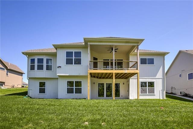 1814 Red Orchard Drive, Liberty, MO 64068