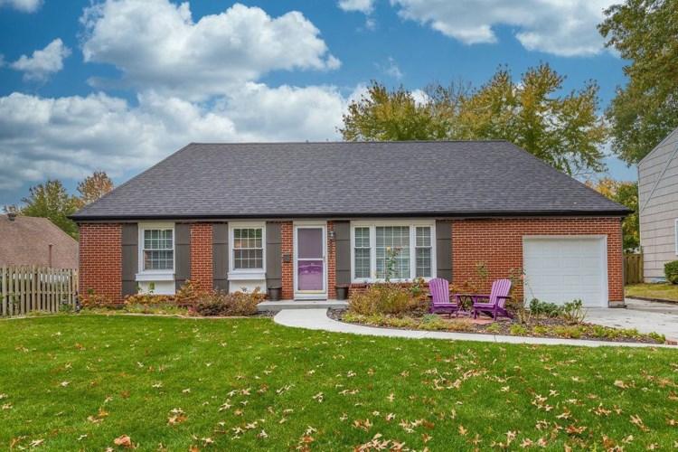 5921 W 76th Terrace, Prairie Village, KS 66208