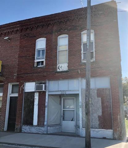 109 E South Front Street, Orrick, MO 64077