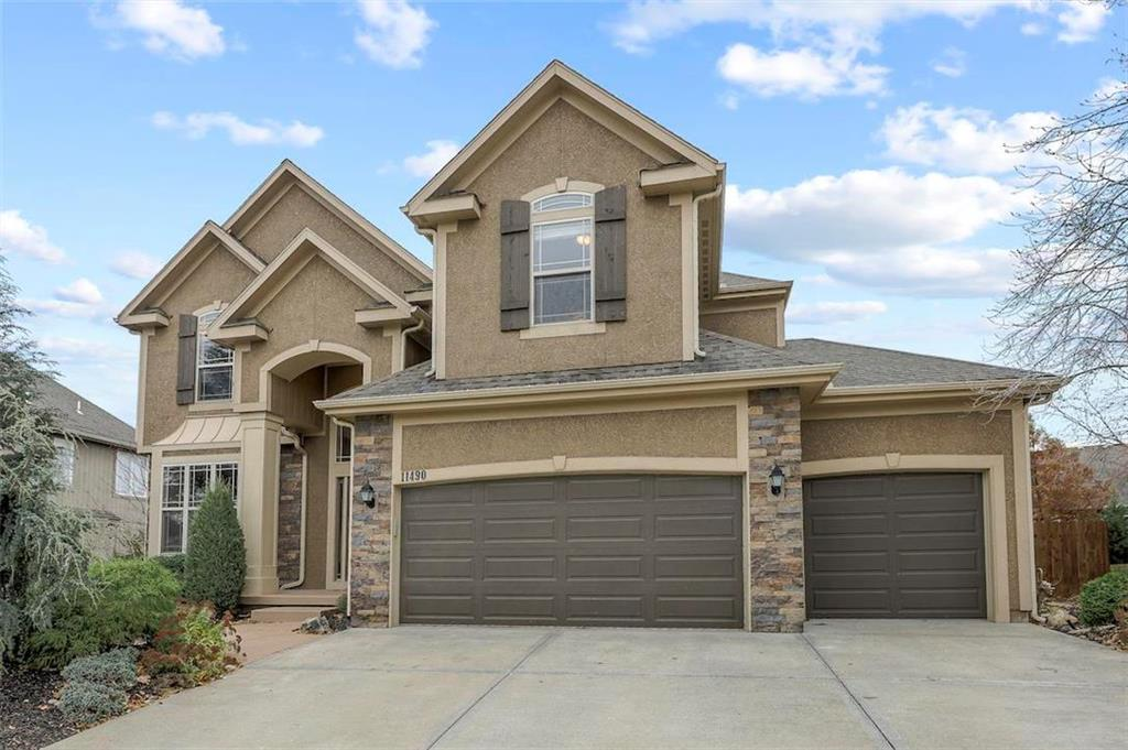 11490 S Lakecrest Drive , Olathe, KS 66061