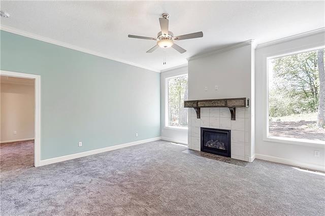 3014 S Hill Avenue , Blue Springs, MO 64015