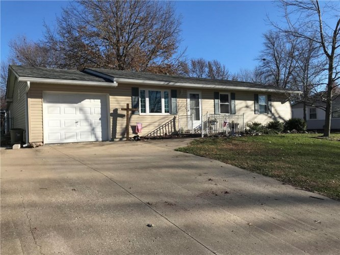 2101 Willow Street, Higginsville, MO 64037