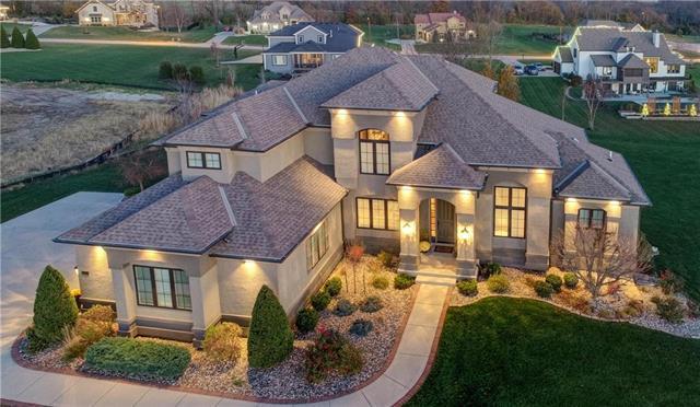 10605 N Willow Avenue , Kansas City, MO 64157