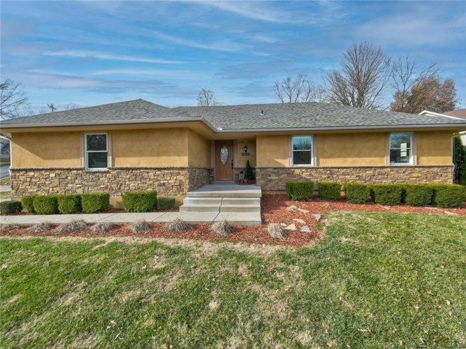 2508 S Vista Avenue, Independence, MO 64057