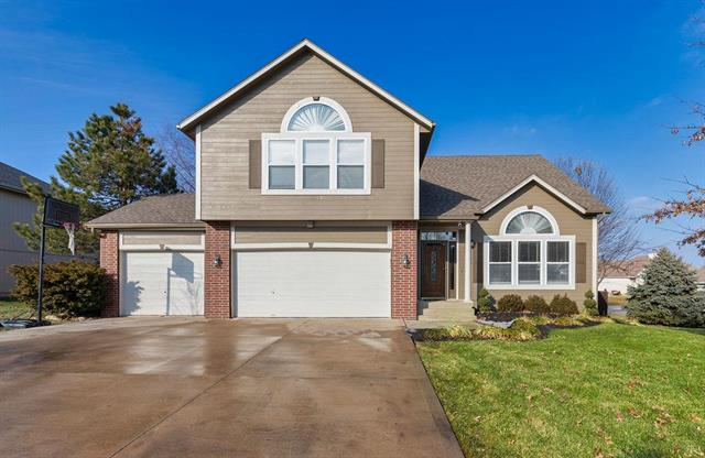 1010 Wiltshire Boulevard , Raymore, MO 64083