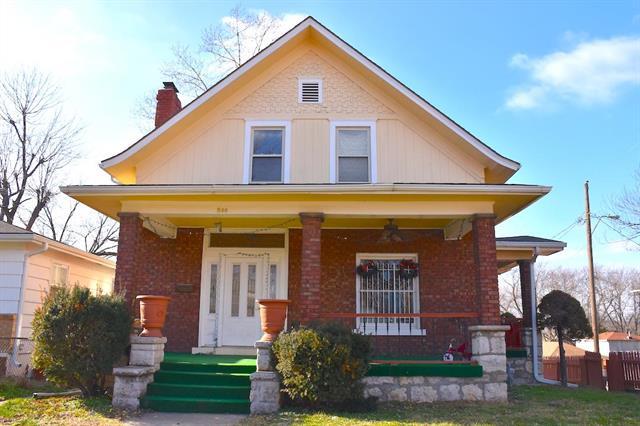 800 Bennington Avenue , Kansas City, MO 64125