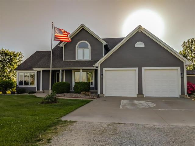 19020 S Prairie Lane , Pleasant Hill, MO 64080