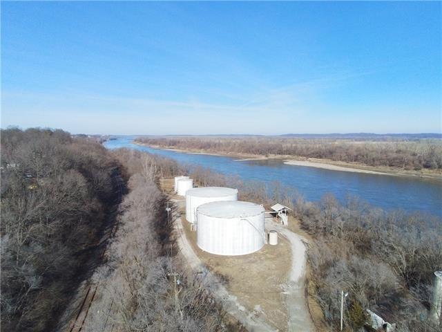 1535 S 2nd Street, Leavenworth, KS 66048