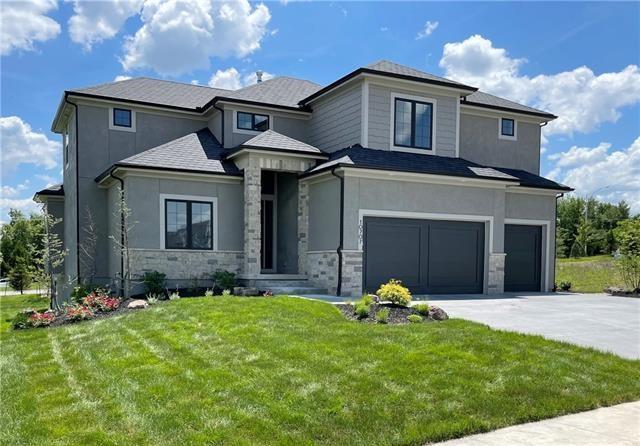 10707 W 142nd Terrace, Overland Park, KS 66211