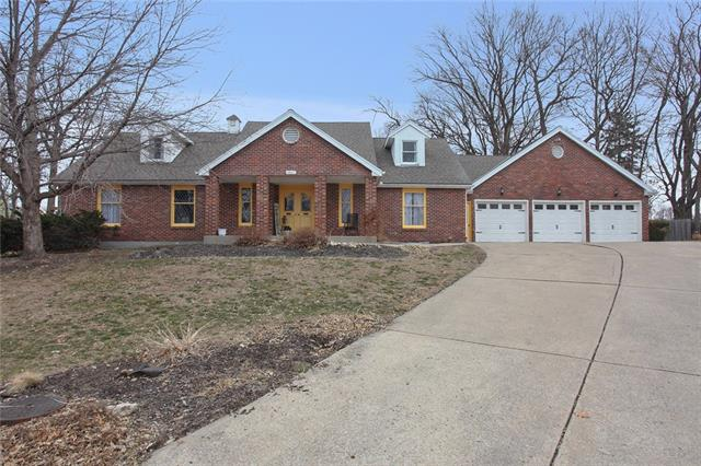 3817 S Grand Avenue , Independence, MO 64055