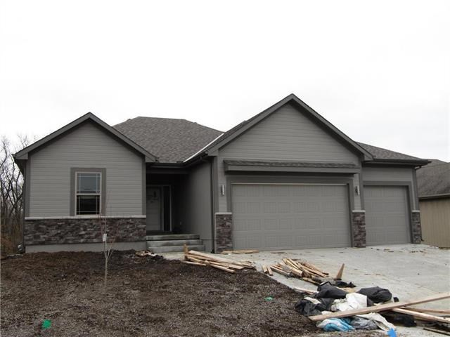 1299 NW Crestwood Drive, Grain Valley, MO 64029