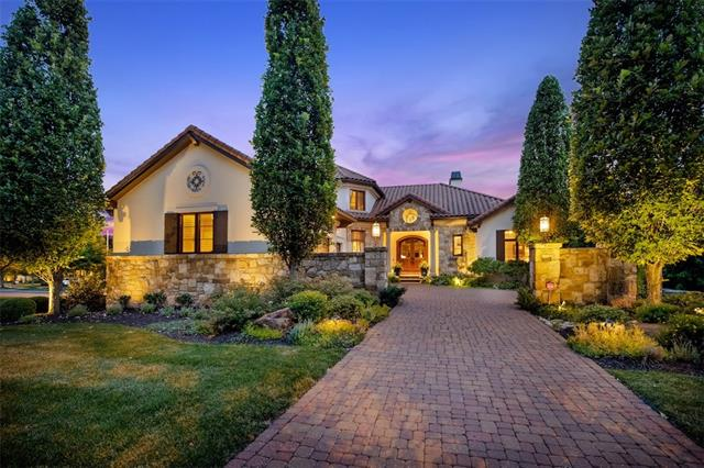 3243 W 138th Terrace , Leawood, KS 66224