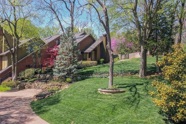 4911 W 87th Terrace , Prairie Village, KS 66207