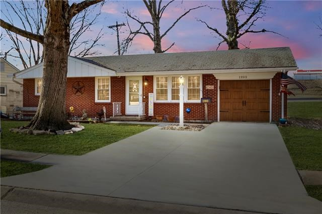 13511 E 41st Terrace, Independence, MO 64055