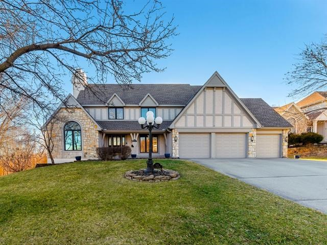 123 The Woodlands N/A, Gladstone, MO 64119
