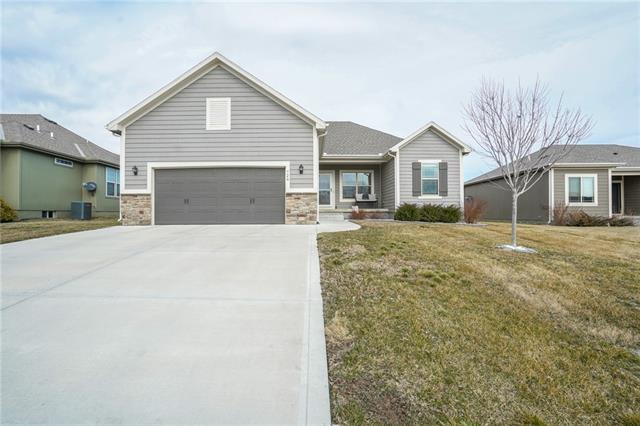 724 Indian Grass Way , Raymore, MO 64083
