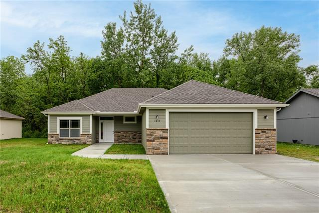 1317 Kristie Circle , Excelsior Springs, MO 64024