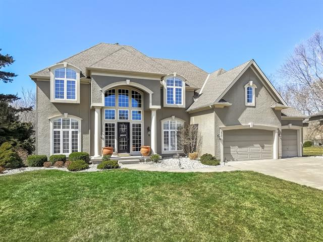 477 NW Riven Rock Place , Lee's Summit, MO 64081