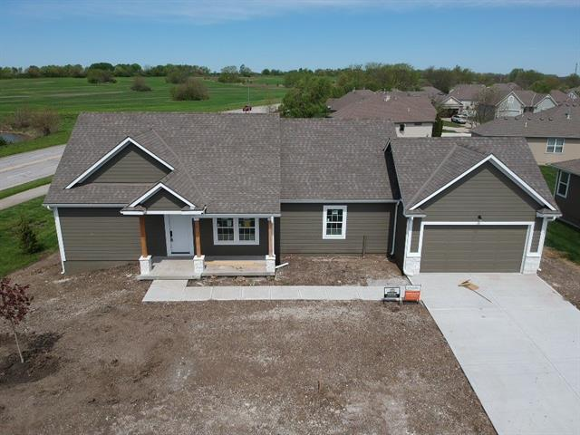 720 Gamma Grass Place , Raymore, MO 64083