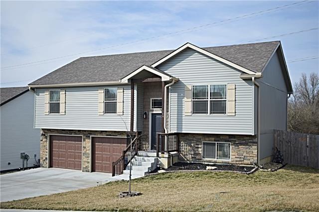 104 Division Street, Knob Noster, MO 65336