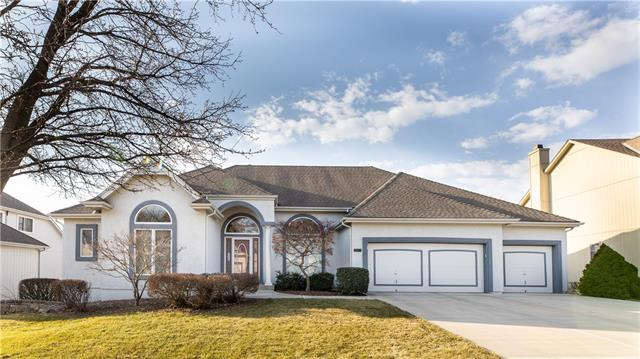 2413 SW Winterfield Court , Lee's Summit, MO 64081
