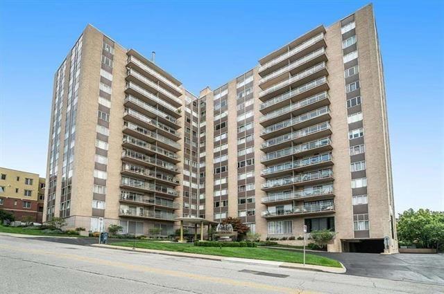 4545 Wornall Road Unit 103, Kansas City, MO 64111