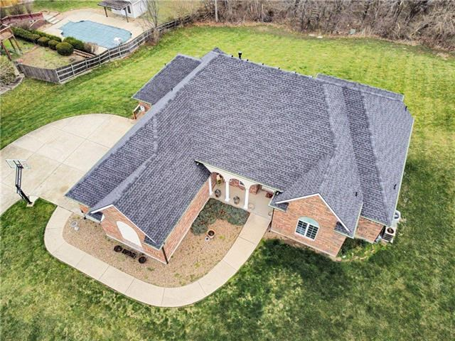 1200 SW Foxtail Drive, Grain Valley, MO 64029