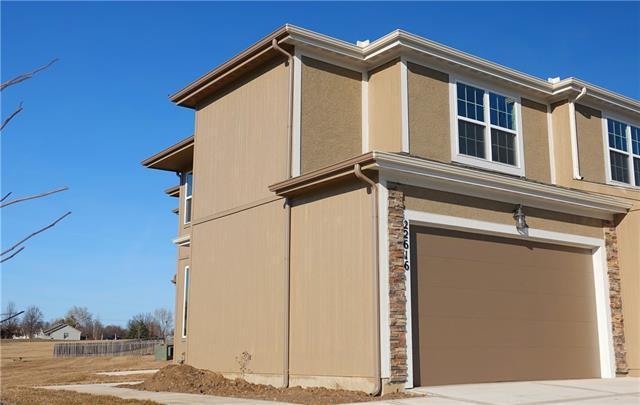 22616 W 76th Terrace , Shawnee, KS 66227