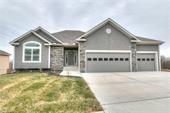 1705 Willow Lane, Kearney, MO 64157