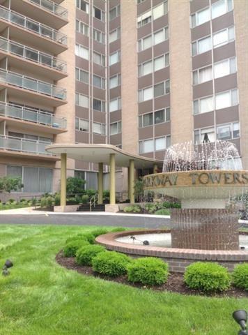4545 Wornall Road Unit 608, Kansas City, MO 64111