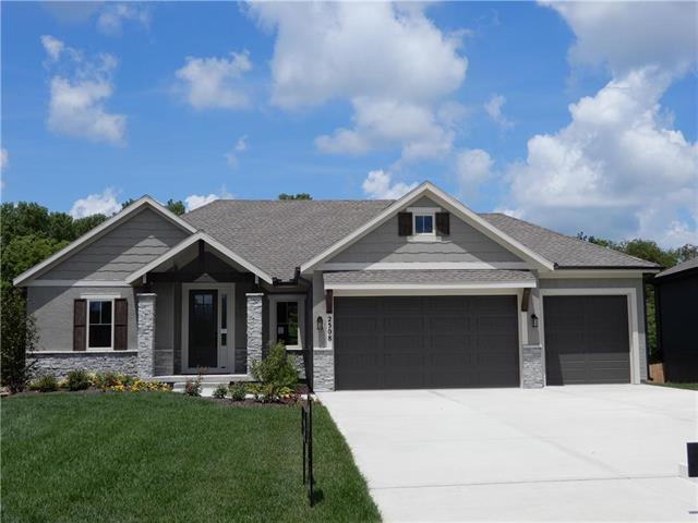 2357 SW River Trail Road , Lee's Summit, MO 64082