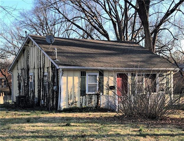 404 E Cedar & 406 - 410 Street, Olathe, KS 66061