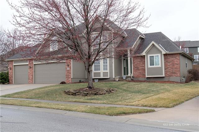 652 SW Derby Circle , Lee's Summit, MO 64081