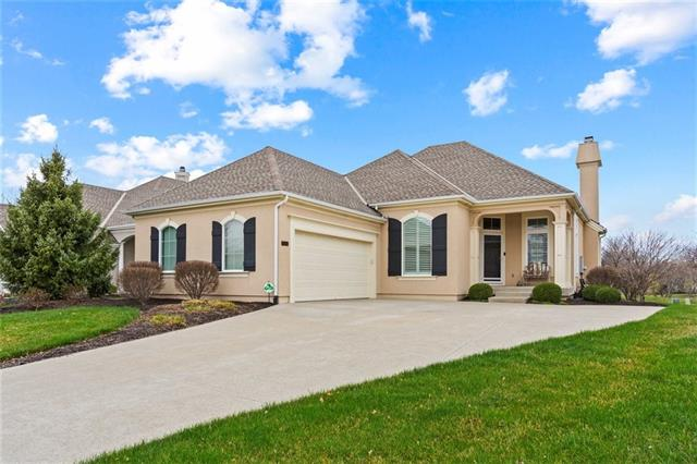 11561 S Carriage Road , Olathe, KS 66062
