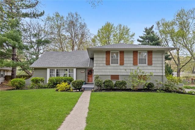 5402 W 80th Terrace, Prairie Village, KS 66208