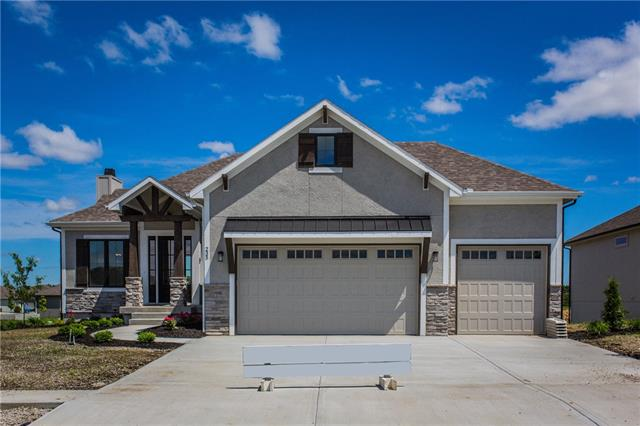 235 SW Eagles Ridge Drive , Blue Springs, MO 64014