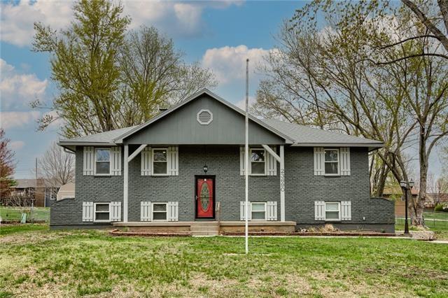 23690 W 56th Street, Shawnee, KS 66226