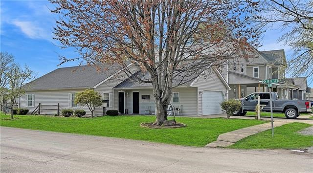 412 S Pine Street, Norborne, MO 64668