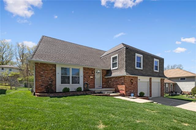 3413 E 105 Terrace , Kansas City, MO 64137