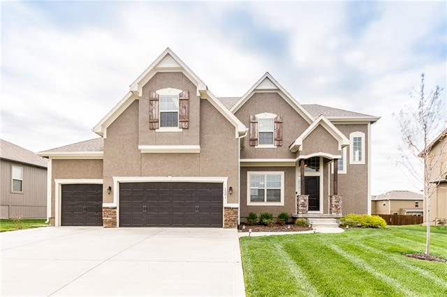 1301 Mission Drive , Raymore, MO 64083