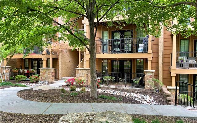 4727 Jarboe Street Unit 42, Kansas City, MO 64112