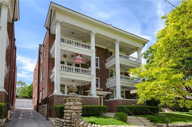 4310 Oak Street Unit 3N, Kansas City, MO 64111